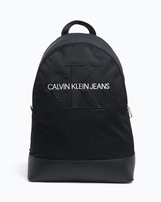 https://pvhba-calvin-klein.s3.ap-southeast-2.amazonaws.com/Accessories/0041404-K50K504733001-FL-AS-F1.jpg