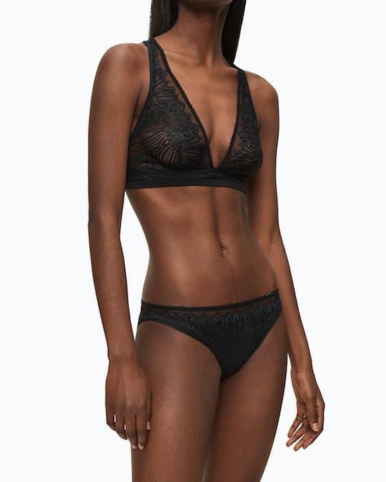 https://pvhba-calvin-klein.s3.ap-southeast-2.amazonaws.com/Underwear/0049477-000QF5877E001-MO-TP-F1.jpg