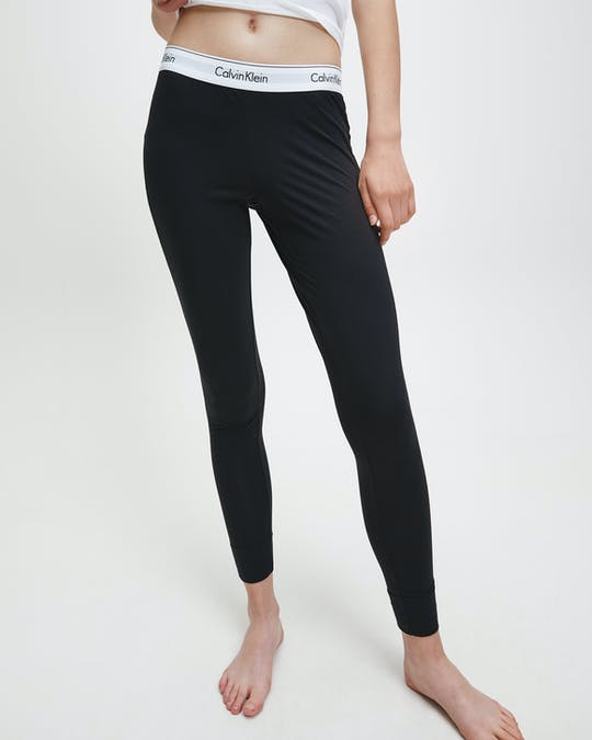 https://pvhba-calvin-klein.s3.ap-southeast-2.amazonaws.com/Underwear/0052116-0000D1632E001-MO-BT-F2.jpg