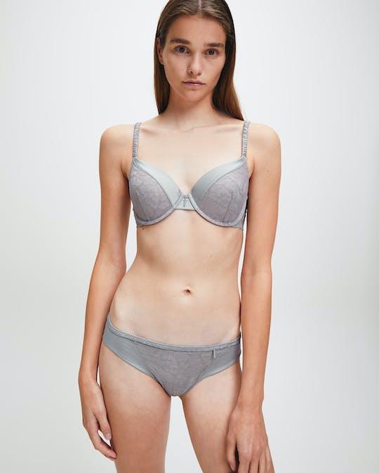 https://pvhba-calvin-klein.s3.ap-southeast-2.amazonaws.com/Underwear/0057677-000QF6101E7Z5-MO-BT-F1.jpg