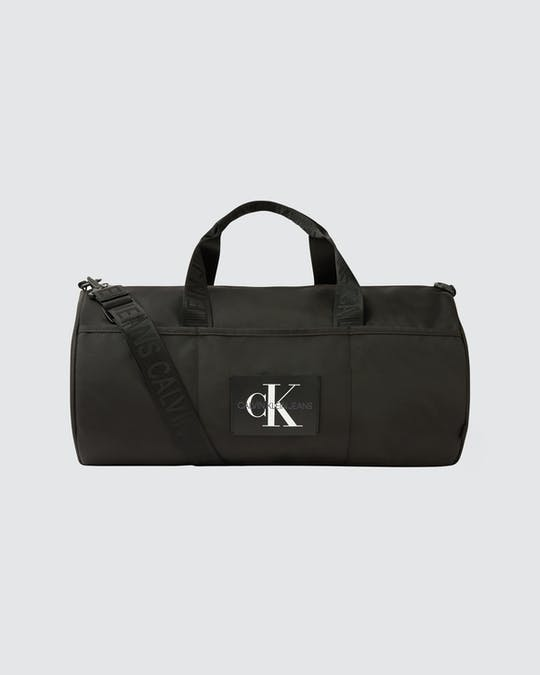 https://pvhba-calvin-klein.s3.ap-southeast-2.amazonaws.com/Accessories/0058135-K50K506264BDS-CI-AS-F1.jpg