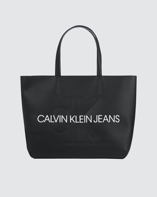 https://pvhba-calvin-klein.s3.ap-southeast-2.amazonaws.com/Accessories/0058241-K60K607200BDS-CI-AS-F1.jpg