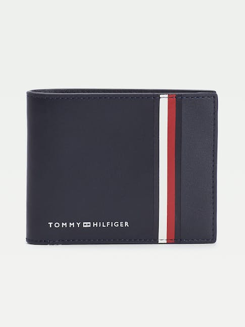 https://pvhba-tommy-hilfiger.s3.ap-southeast-2.amazonaws.com/Accessories/AM0AM06306CJM-FL-AS-F1.jpg