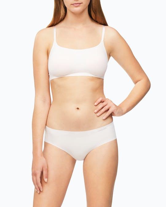 https://pvhba-mondo-ck.s3.ap-southeast-2.amazonaws.com/Underwear/D3429_2NT_MO-BT-F1_0007.jpg