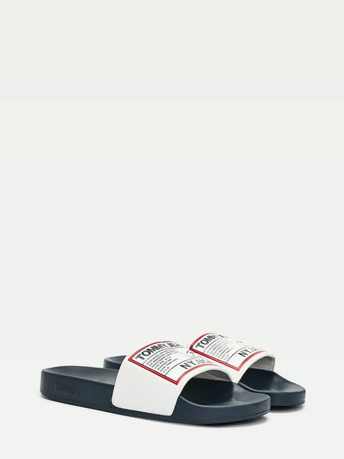 https://pvhba-tommy-hilfiger.s3.ap-southeast-2.amazonaws.com/Shoes/EM0EM004700K9-FL-AS-F1.jpg