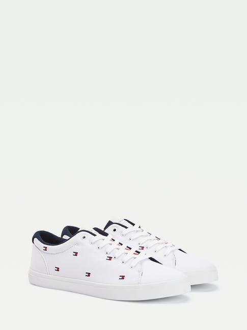 https://pvhba-tommy-hilfiger.s3.ap-southeast-2.amazonaws.com/Shoes/FM0FM02750YBS-FL-AS-F1.jpg