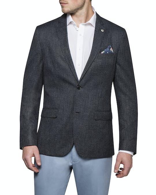 https://pvhba-van-heusen.s3.ap-southeast-2.amazonaws.com/Coats-Blazers-Outerwear/VBEM712D_RBLK_MO_TP_F1.jpg