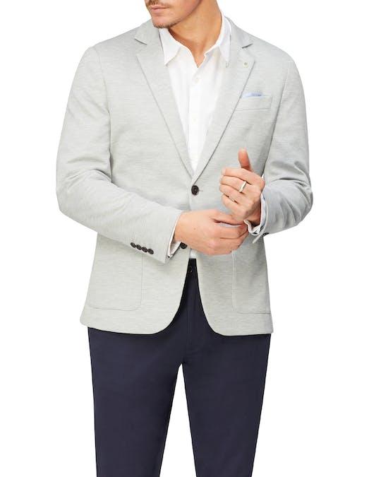 https://pvhba-van-heusen.s3.ap-southeast-2.amazonaws.com/Coats-Blazers-Outerwear/VEB552H_RLGY_MO-TP-F1_003.jpg