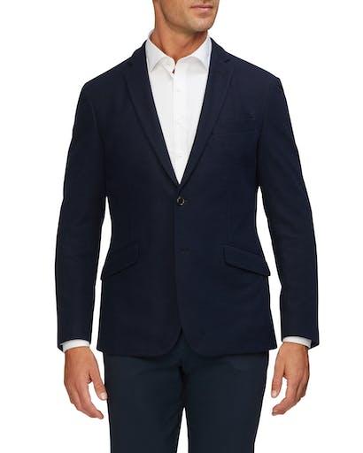 https://pvhba-van-heusen.s3.ap-southeast-2.amazonaws.com/Coats-Blazers-Outerwear/VEB853G_RNVB_MO-TP-F1_005.jpg
