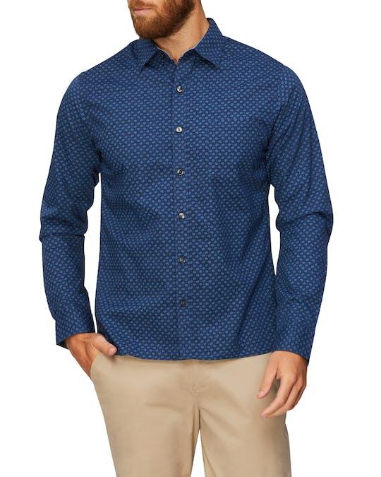 https://pvhba-van-heusen.s3.ap-southeast-2.amazonaws.com/Business-Shirts/VH50F2010_499_MO-TP-F1_003.jpg
