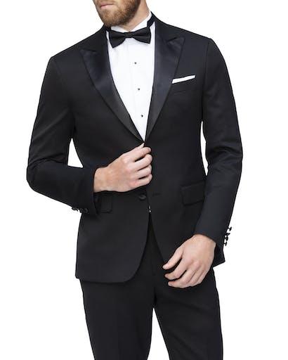 https://pvhba-van-heusen.s3.ap-southeast-2.amazonaws.com/Suit-Jackets/VJSR124F_BBLK_MO-TP-F1.jpg