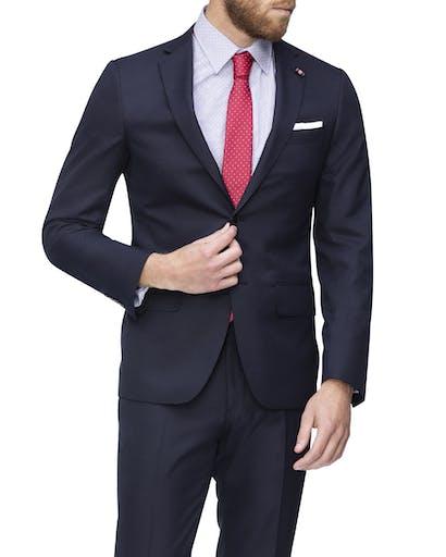 https://pvhba-imgix-van-heusen-m2prod.s3.ap-southeast-2.amazonaws.com/Suit-Jackets/VJSSR794F_RNVB_MO-TP-F1.jpg