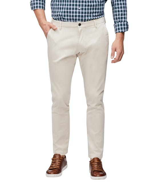 https://pvhba-van-heusen.s3.ap-southeast-2.amazonaws.com/Suit-Pant-Chinos-Trousers/VTER538H_BECR_MO-BT-F1_030.jpg