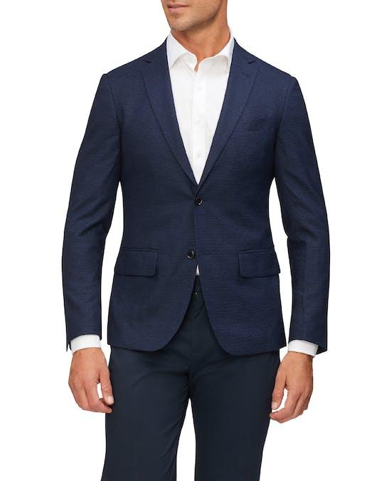 https://pvhba-van-heusen.s3.ap-southeast-2.amazonaws.com/Suit-Jackets/VXJ842G_CIKB_MO-TP-F1_004.jpg