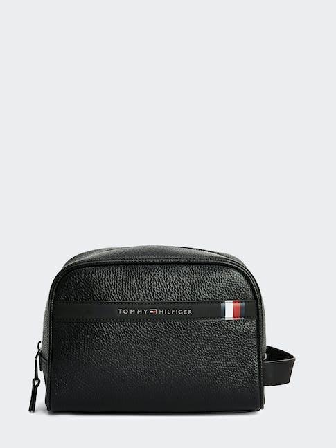 https://pvh-brands.imgix.net/catalog/product/media/am0am05851bds-fl-as-f1.jpg