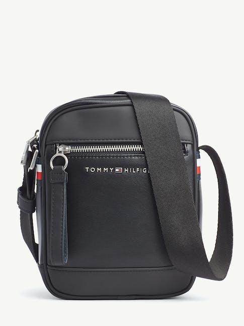 https://pvh-brands.imgix.net/catalog/product/media/am0am05986bds-fl-as-f1.jpg