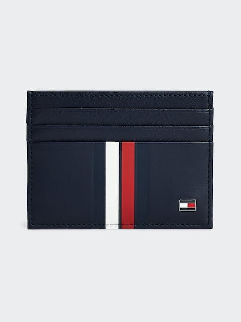 https://pvh-brands.imgix.net/catalog/product/media/am0am06147cjm-fl-as-f1.jpg