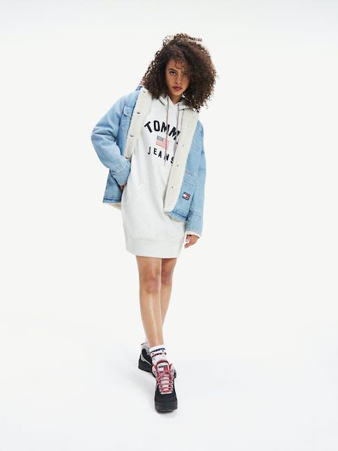 https://pvh-brands.imgix.net/catalog/product/media/dw0dw07233ppp-mo-st-f1.jpg