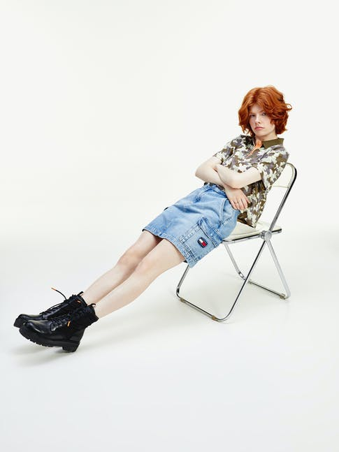https://pvh-brands.imgix.net/catalog/product/media/dw0dw082301aj-mo-st-f1.jpg