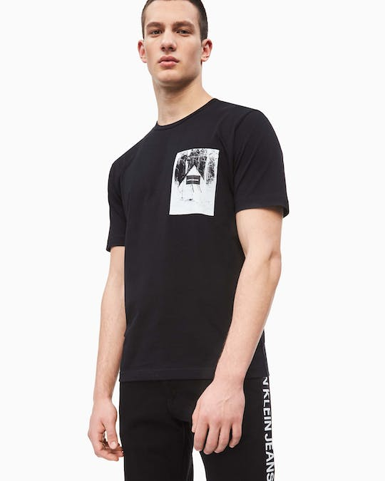 Cabin Graphic T-Shirt -