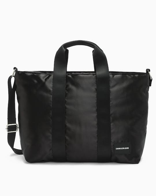 https://pvh-brands.imgix.net/catalog/product/media/k40k400816001_01.jpg