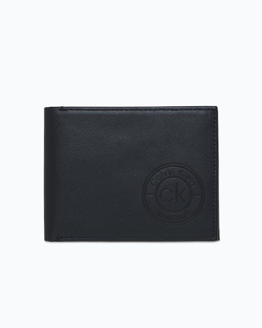 https://pvh-brands.imgix.net/catalog/product/media/k50k505406bax_01.jpg