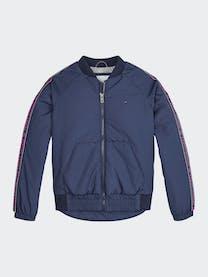 https://pvh-brands.imgix.net/catalog/product/media/kg0kg04916cbk-ci-lc-f1.jpg