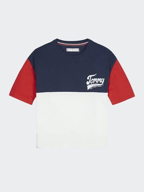https://pvh-brands.imgix.net/catalog/product/media/kg0kg04959yaf-ci-lc-f1.jpg